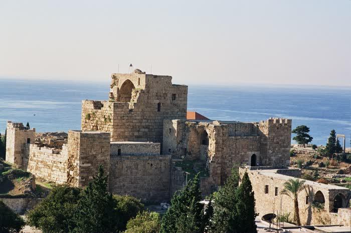 med_The-Crusader-Castle-Byblos-Jbeil-Lebanon-1418053803485