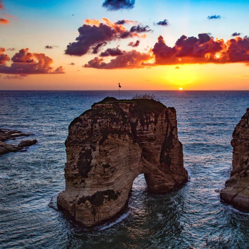 raouche_rocks_beirut_lebanon_sea_sunset_120057_3415x3415