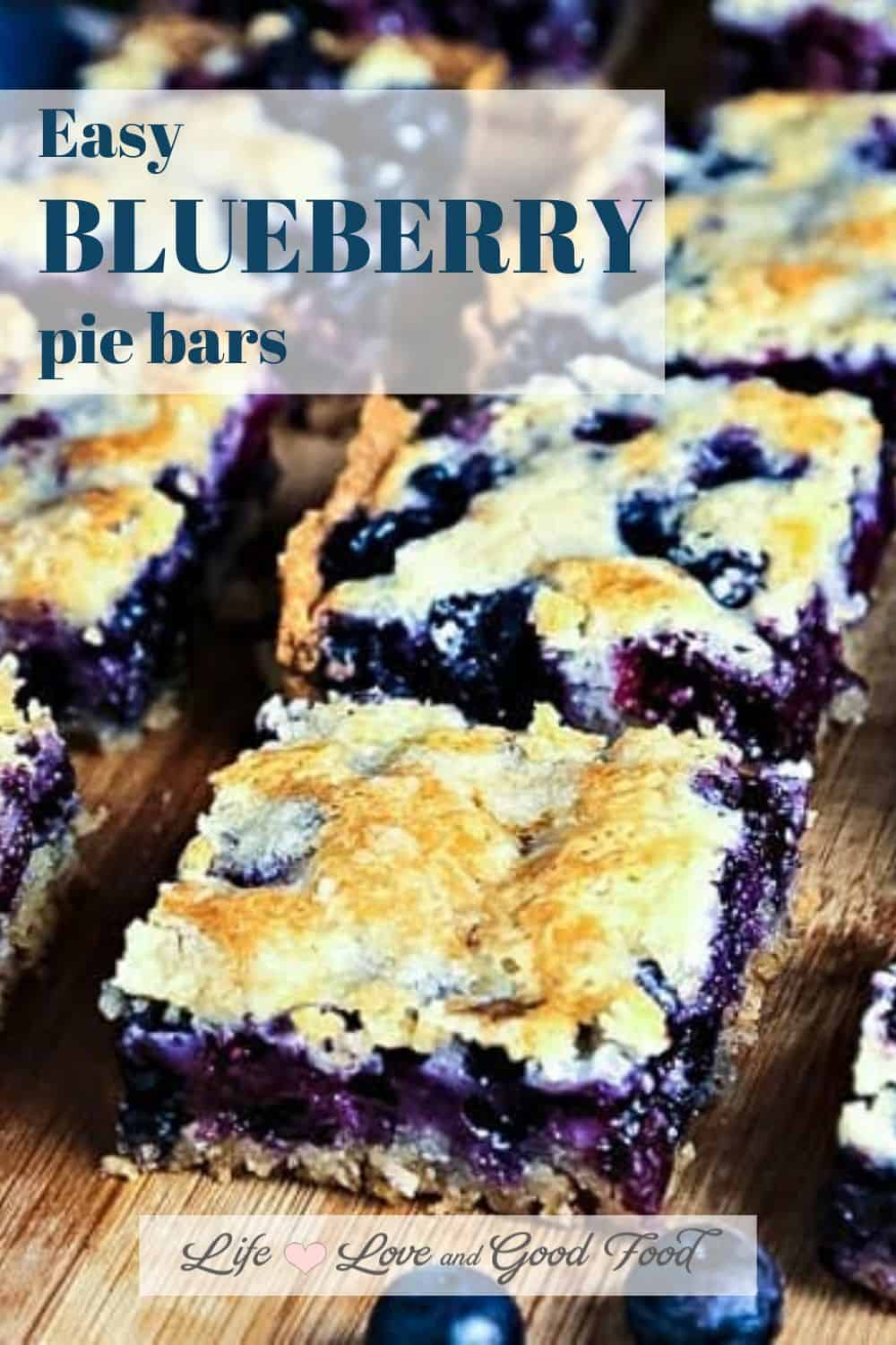 A hand-held blueberry pie? You betcha! Blueberry Pie Bars have a shortbread crust, fruity filling and crumble topping, and don't necessarily require a fork! #blueberrypiebars #blueberrydesserts