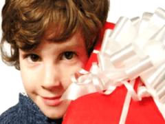 Как выбрать подарок для ребёнка?