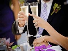 Оригинальные тосты и поздравления на свадьбу, молодоженам от гостей
