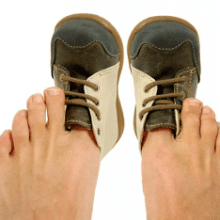 Все секреты как можно растянуть туфли, если они вам жмут