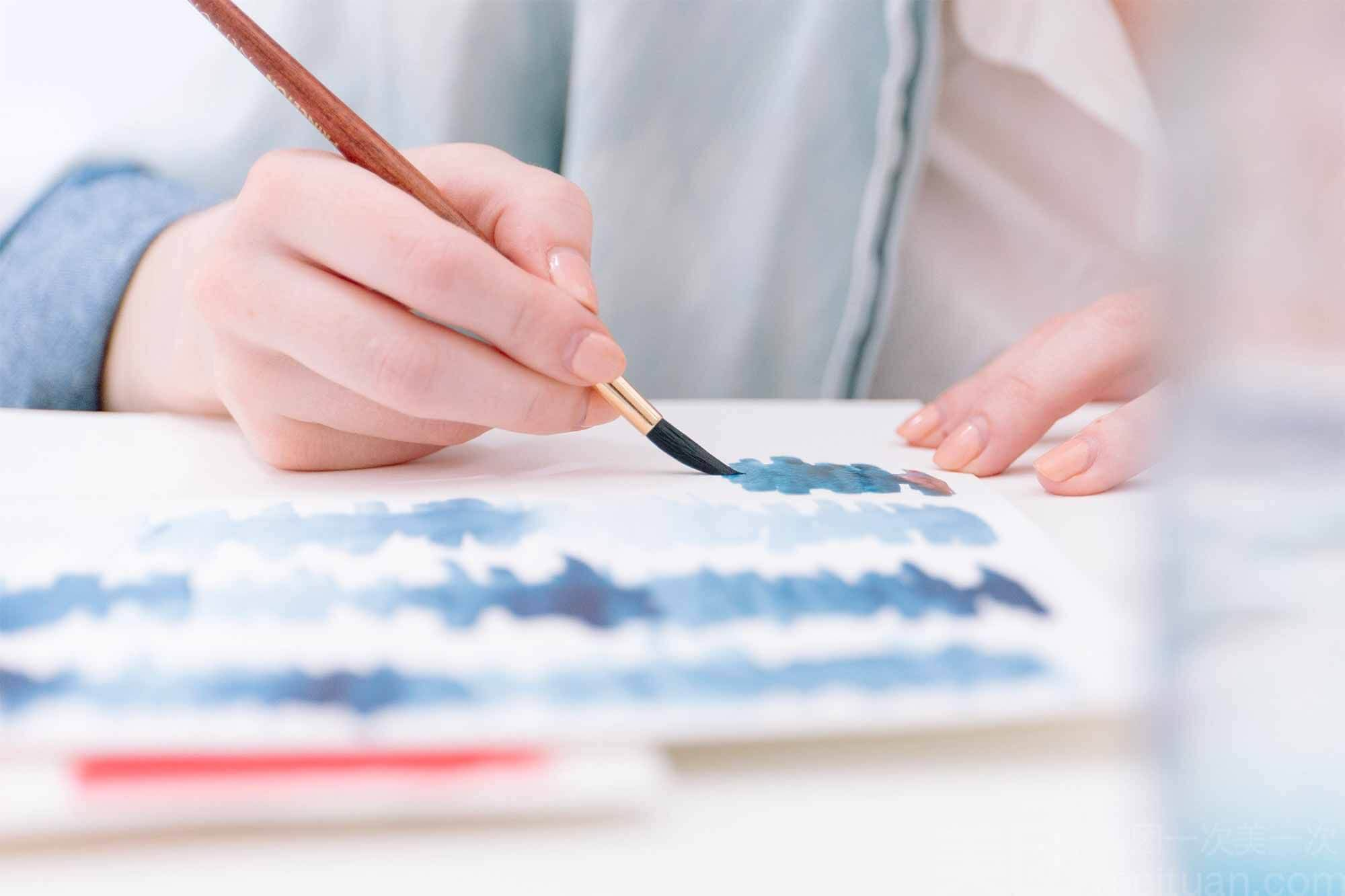 Art therapy in opioid addiction treatment program.