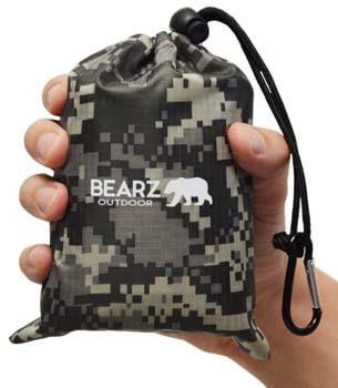 8: BEARZ Outdoor Beach Blanket/Compact Pocket Blanket 55″x60″