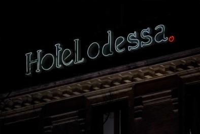 Odessa Montparnasse - Oliver Lins, Quest - Im Wandel der Zeit