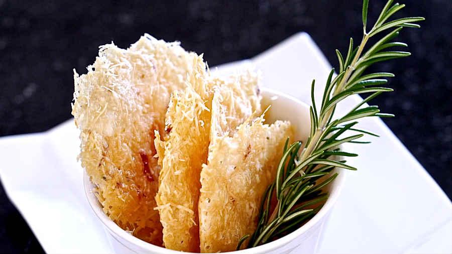 Gluten Free Simple Parmesan Chips