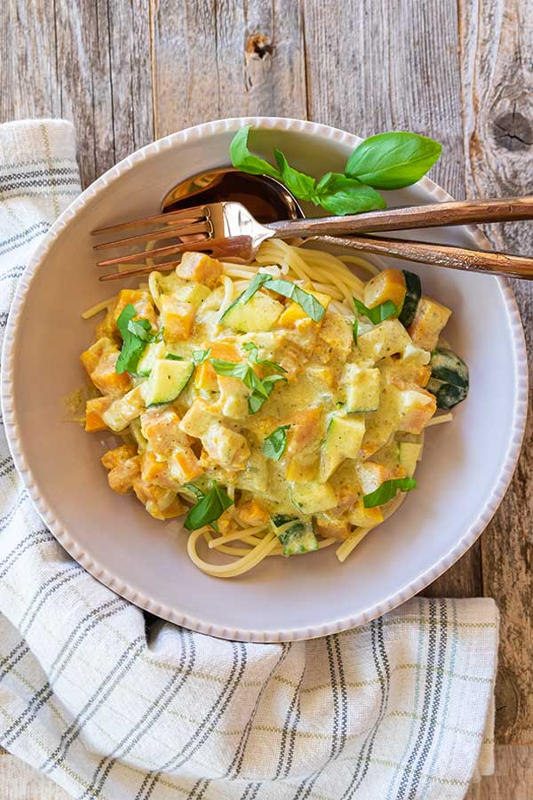 Squash With Pesto Cream Sauce Pasta (Gluten-Free)