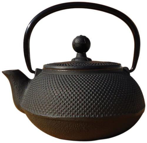 2. Old Dutch Cast Iron Sapporo Teapot