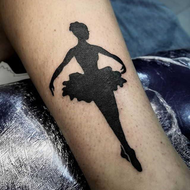 Балерины тату блэкворк