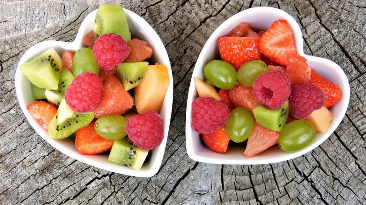 How-and-Which-Fruits-to-Use-When-Managing-Weight-1200x674.jpg