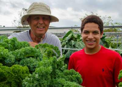 Hydroponic Farmer mentors Pinellas PAL student.