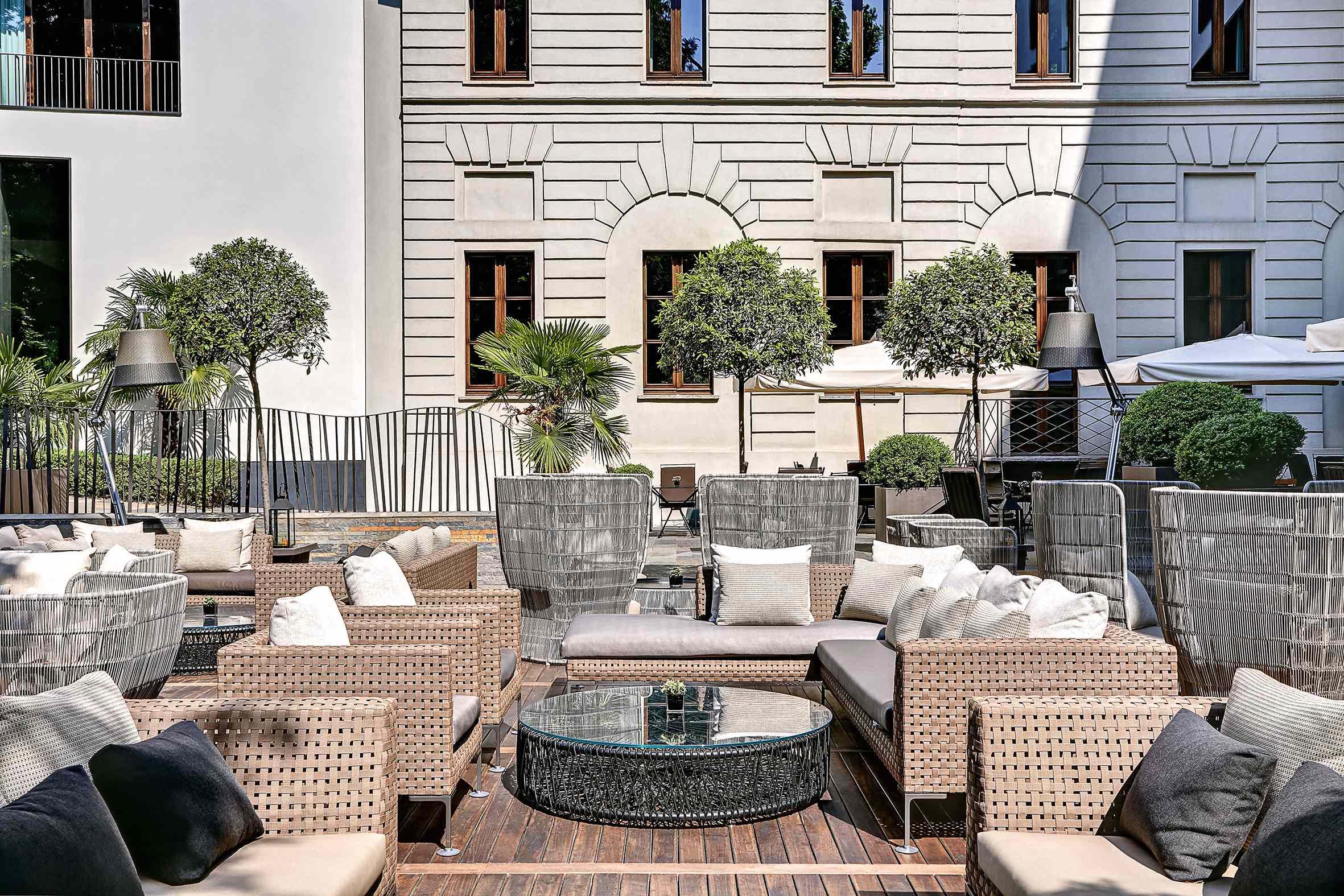 B&B Italia _ Bulgari hotel Mediolan