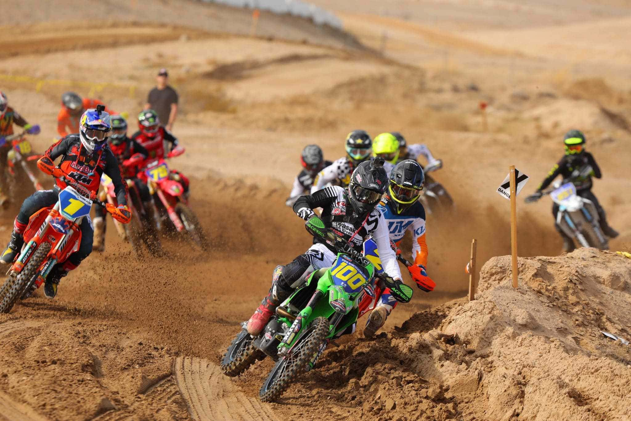 Zach Bell riding his KX450 at the 2020 Primm WORCS race