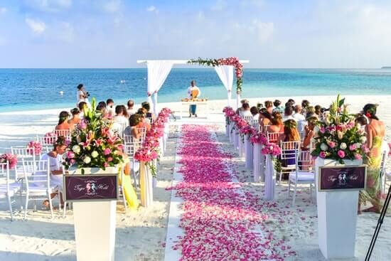 Exotic destinations to renew your wedding vows