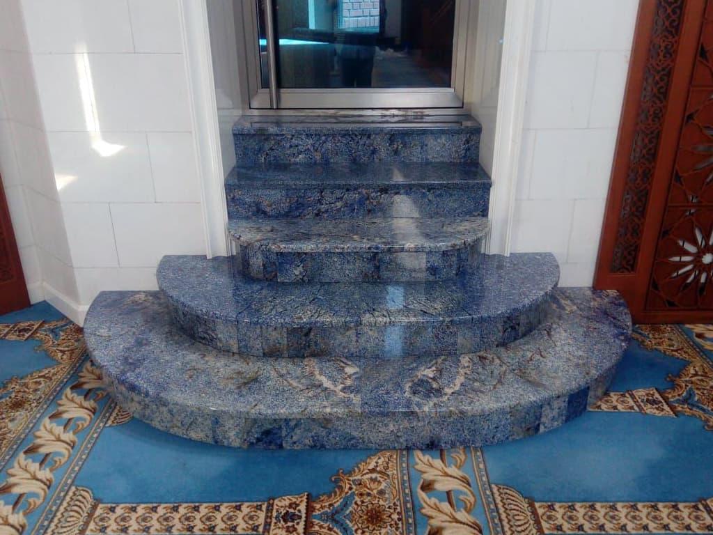 Лестница из агата