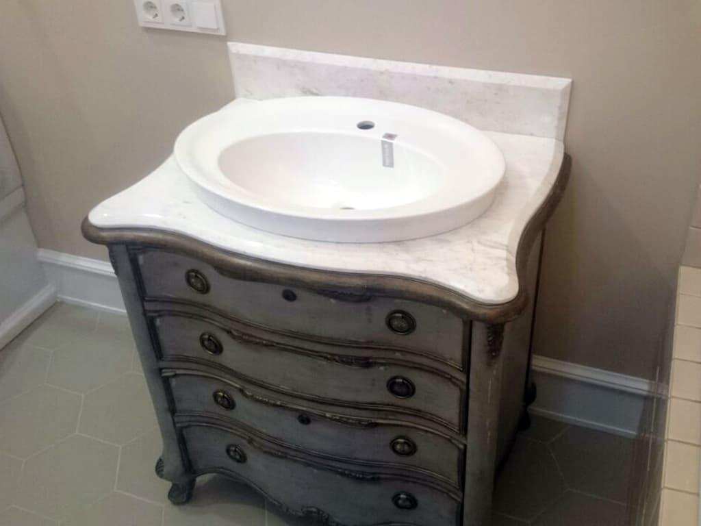Столешницы из камня для ванной комнаты