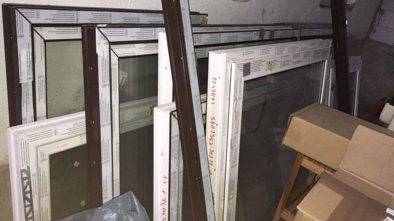 Kunststoff-Fenster 3-fach Verglasung 1100 x 840