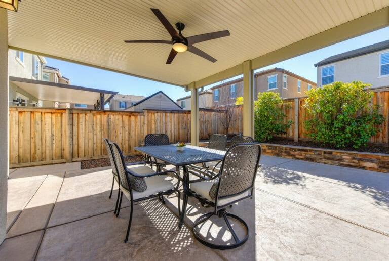 1273 Oakbriar Circle Roseville