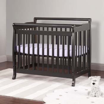 2. DaVinci Mini Crib