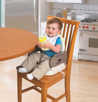 5. Deluxe Comfort Folding Booster Seat from Summer Infant
