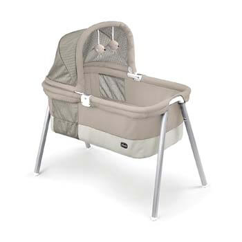 4. Chicco Deluxe Bassinet