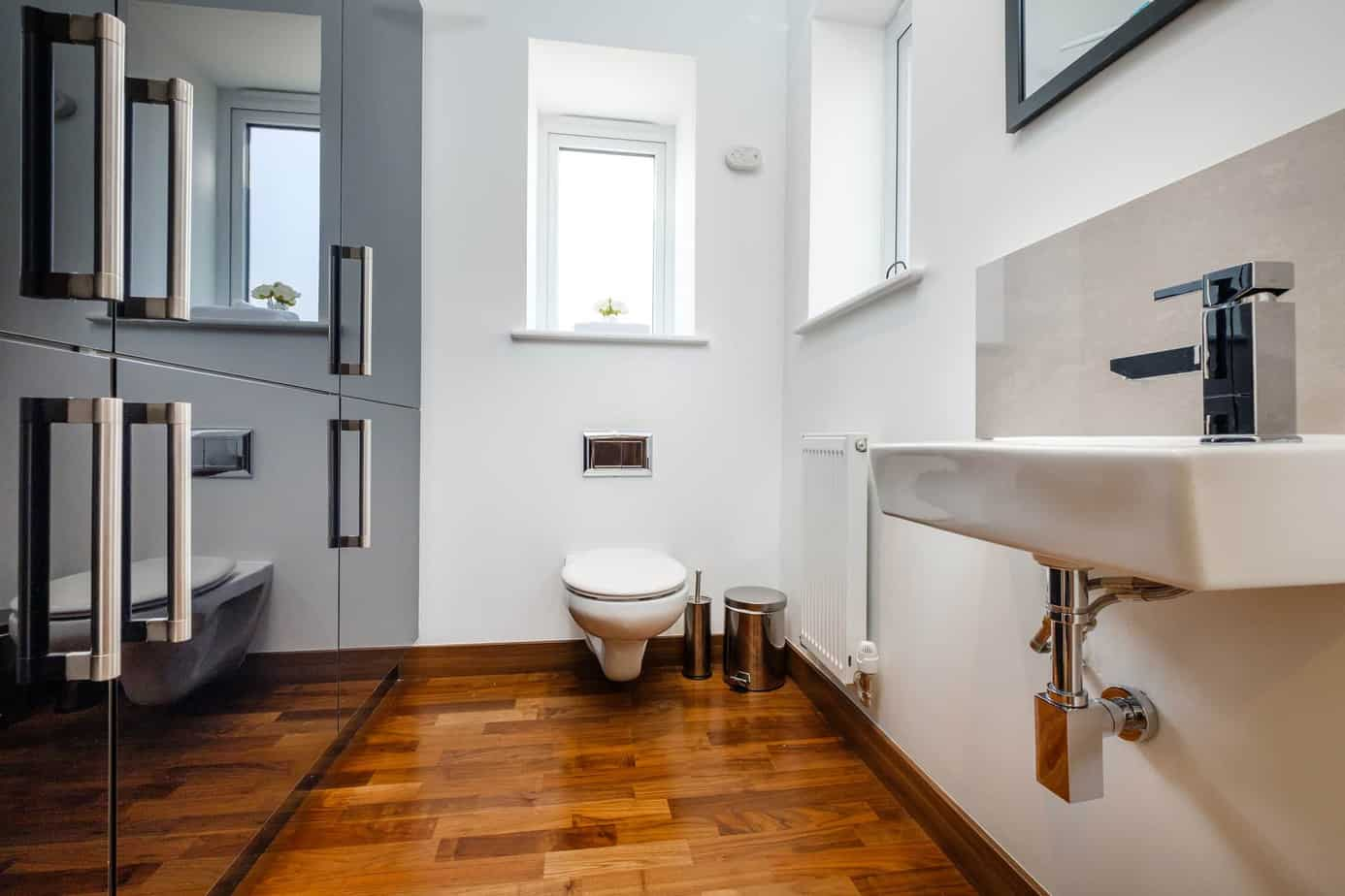 Tailored Stays grand central cambridge serviced apartment downstairs bathroom