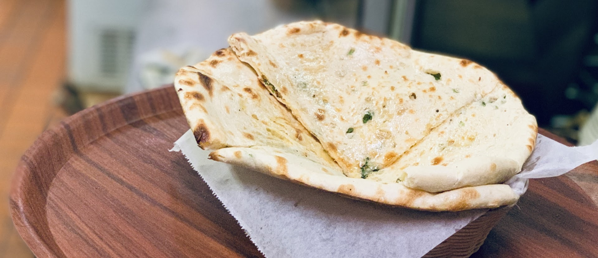 garlic cheese naan