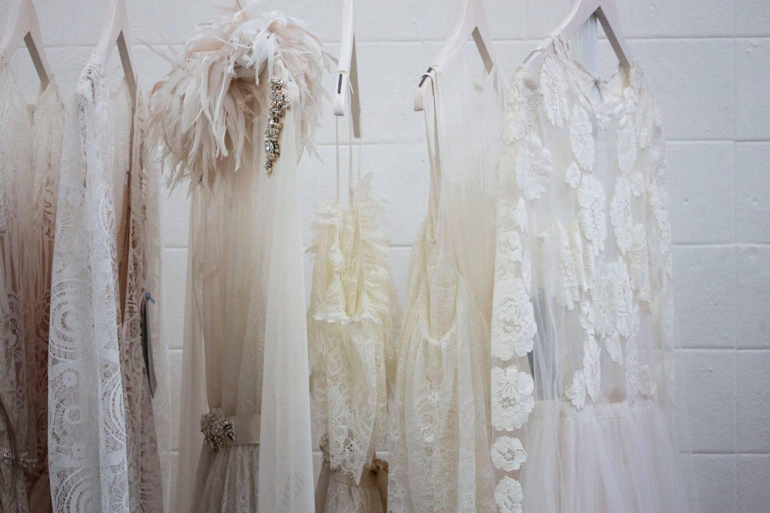 Textilreinigung-Kleider-Ballkleider