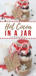 Hot Cocoa In A Jar is a perfect warm-up gift to make this holiday season. This mason jar gift is easy to create and delicious to drink. Make a batch of the Hot Chocolate Mix in a jar for your friends and family. They will love receiving this Hot Cocoa Mix in a Jar as a Christmas gift. #hotchocolate #giftideas #hotcocoamix
