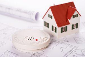 Machen Sie Ihre Wohnungstür brandsicher mit Tipp zum Bau.