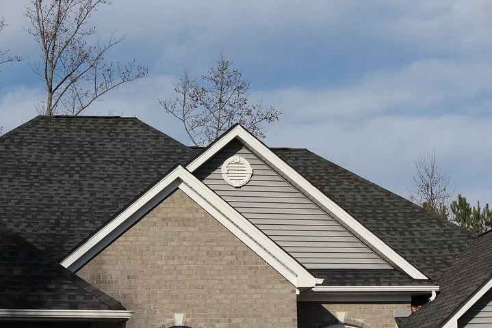 Setting A Proper Roof Maintenance Schedule For Your Home