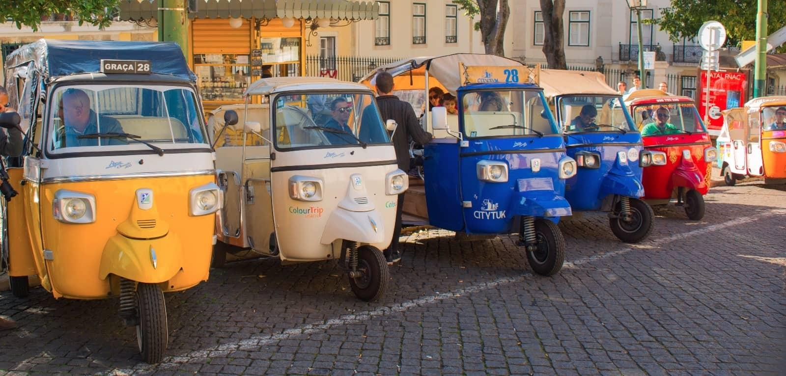 35 Cosas Que Hacer y Que Ver en Lisboa en 3 Días taxis
