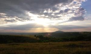 Apus superb, joi seara în drum spre Arieșeni