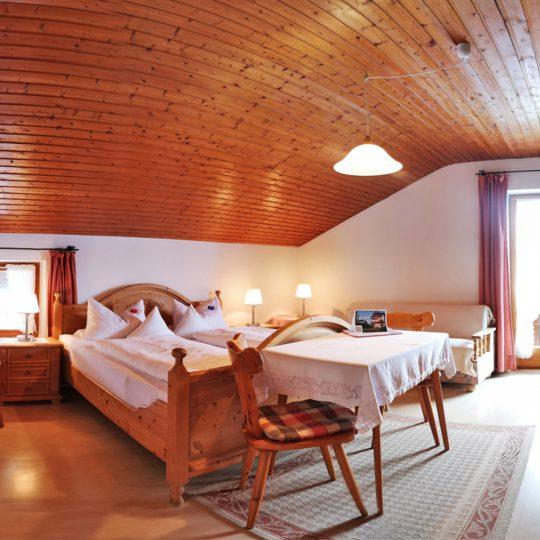 Zimmer 4 3 540x540 - Zimmer Nr. 4