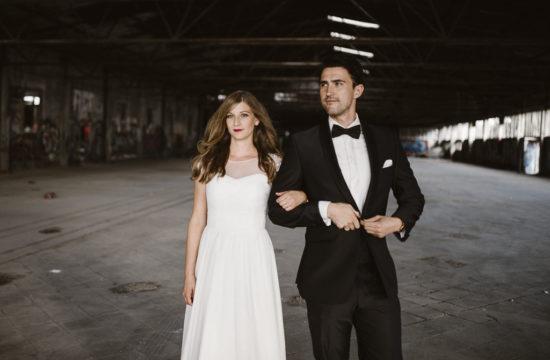 After Wedding Shooting-Fabrik-Industrie-Wesseling-Hochzeit Köln-Hochzeitsfotograf Köln-Hochzeitsfotograf NRW-Boho-Vintage-Hippie-Hochzeit-Vera Prinz