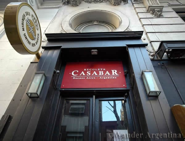 Casabar – A Sophisticated Sports Bar in Recoleta