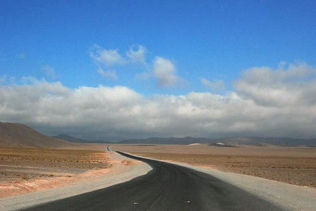 La Vuelta a Los Valles: A Scenic Drive through Salta