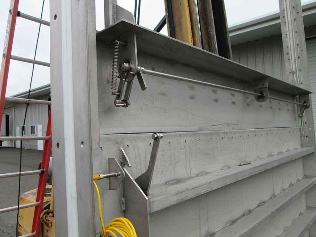 Latching Mechanism Stainless Split Gate