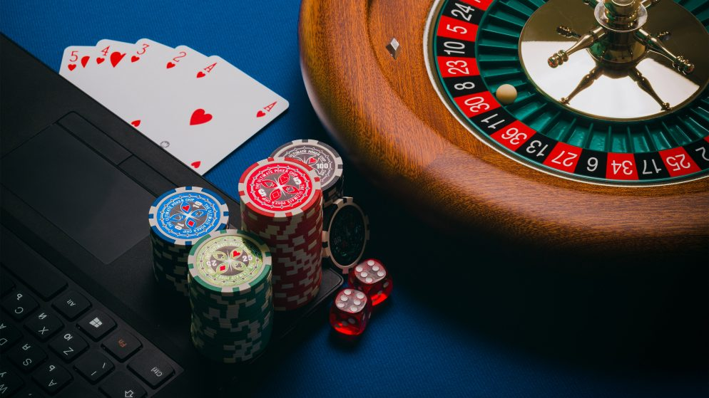 Why Play High Stakes Casino Games?