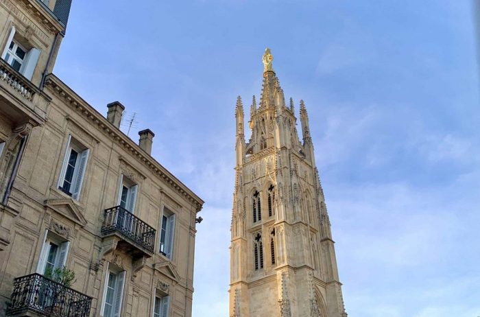 Historic Bordeaux french linguistic stay