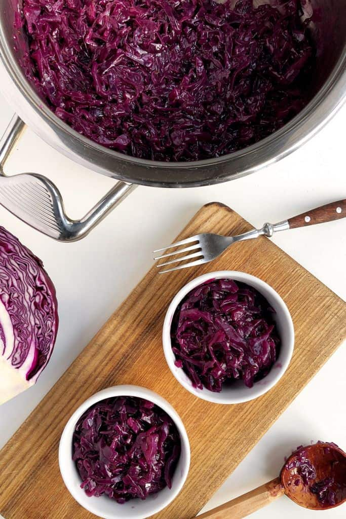 How to cook red cabbage for roast dinner
