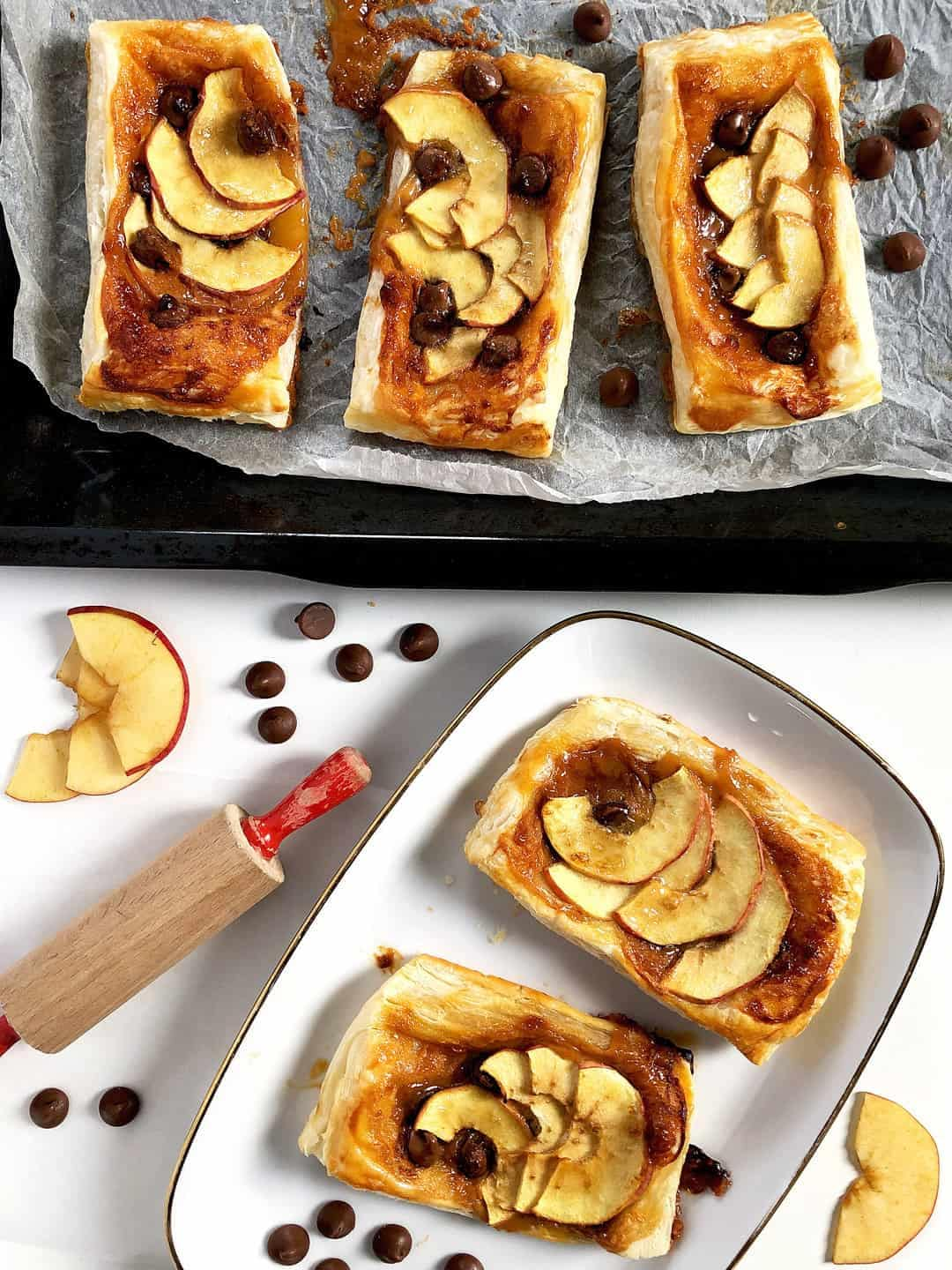 Toffee Apple Tarts with Puff Pastry and Chocolate Chips