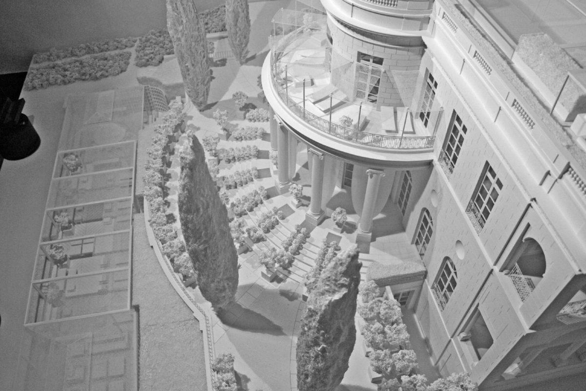 Maquette blanche d'un château dans les Alpes Maritimes, ARI, 1/33ème