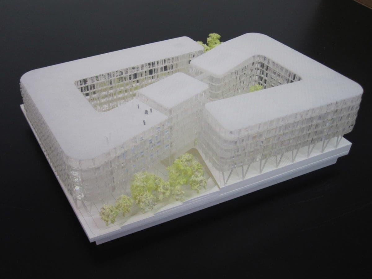 maquette de logement et bureaux à Massy Palaiseau par XTU architecte au 1/500ème