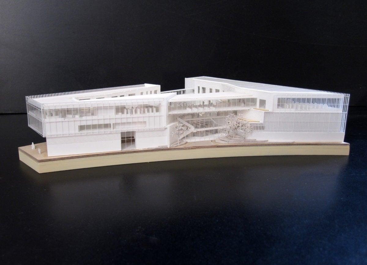 Maquette blanche du Learning center de Saclay par François Chochon et Laurent Pierre