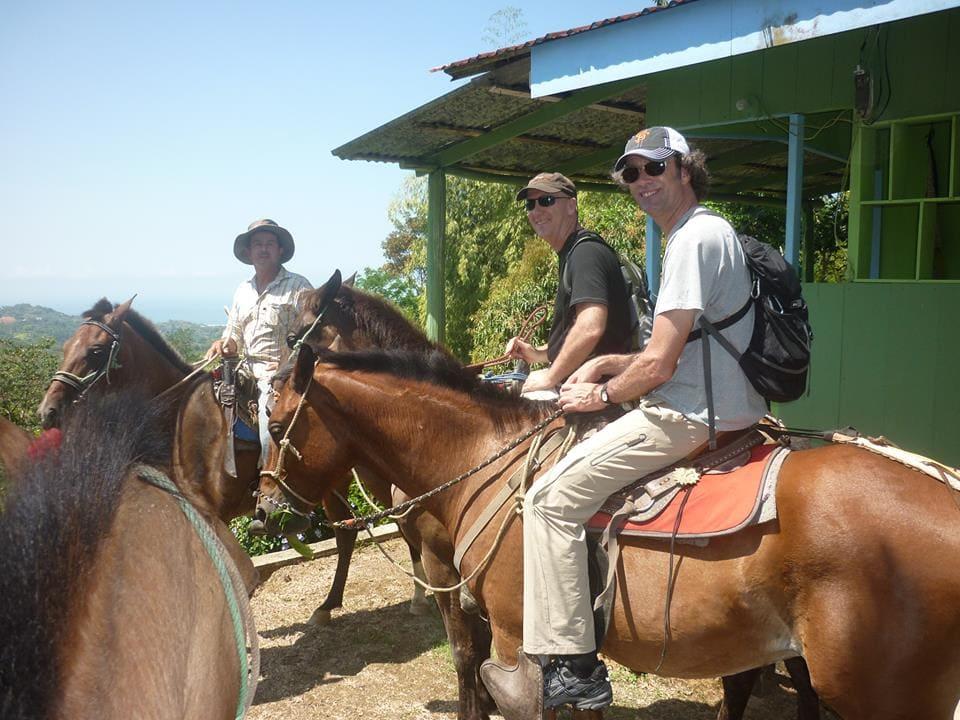 horseback riding, lalo tours ojochal, ballenatales, costaballenalovers, (4)