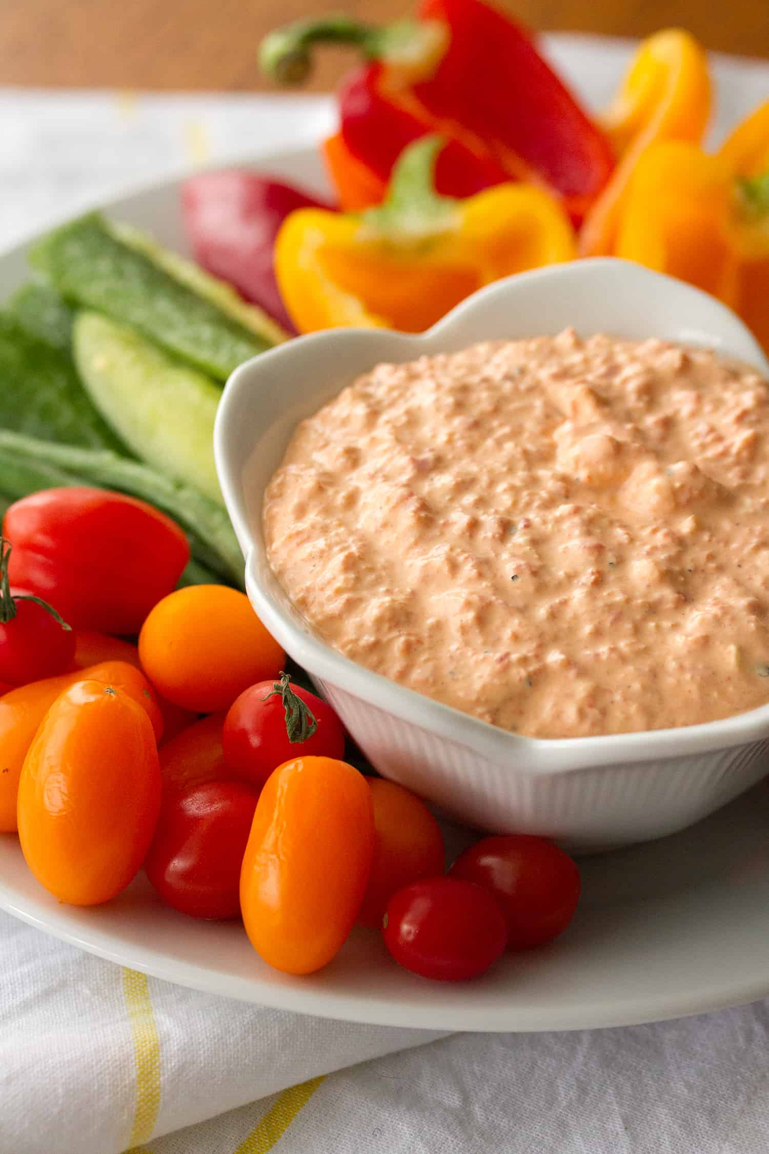 Sgt Pepper & the Hungry Hearts Band: Ridiculously Easy Roasted Red Pepper Dip