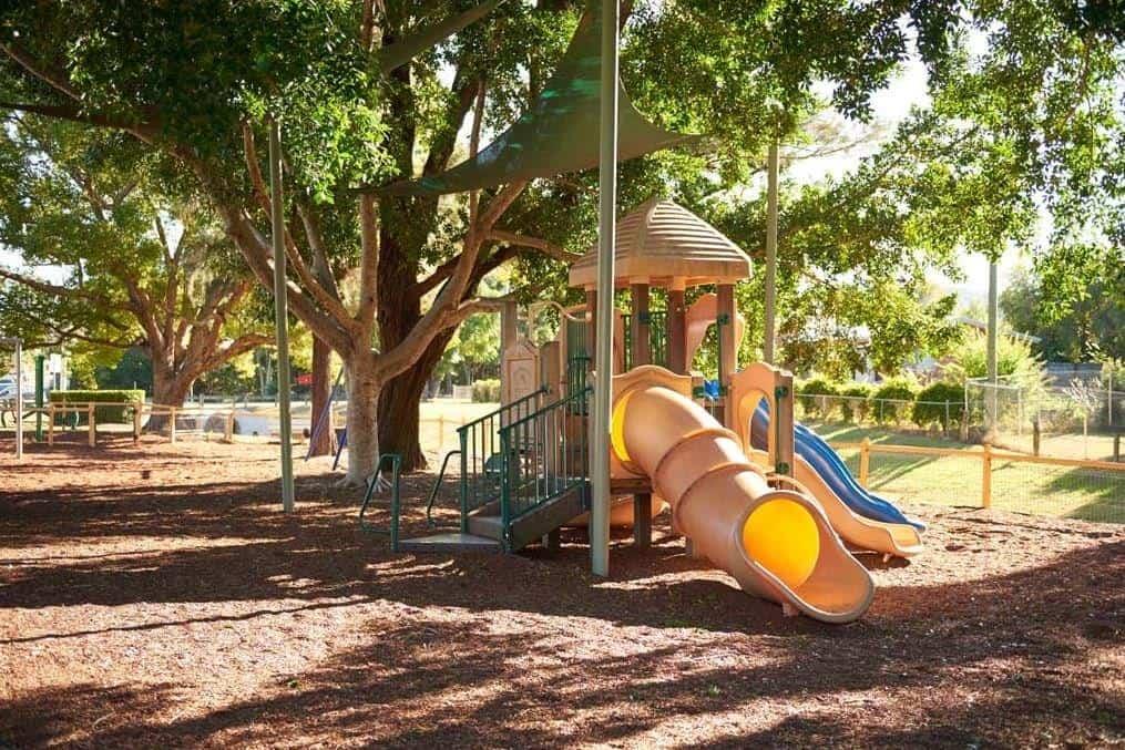 Johnston Park, Rosewood