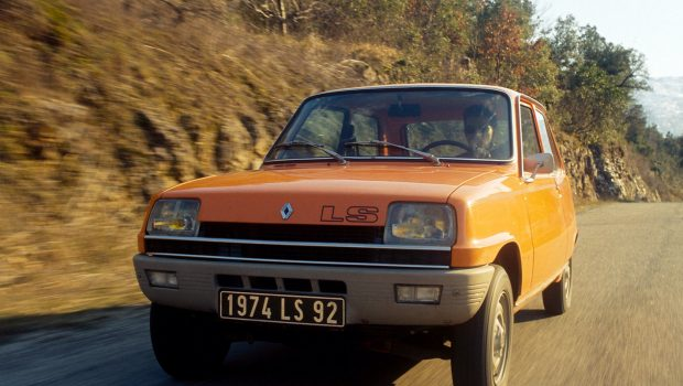 1972 Renault 5 TL in motion