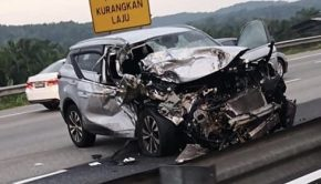 Proton X70 highway accident